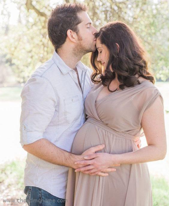 ژست عکس بارداری با همسر مدل عاشقانه - چندماهمه