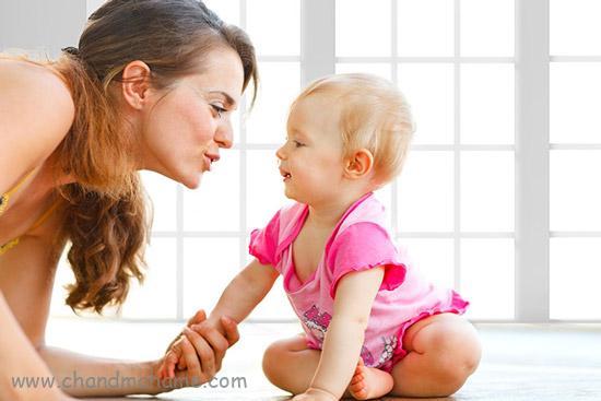 آموزش بازی با نوزاد 6 ماهه - چندماهمه