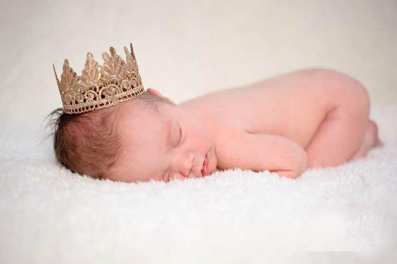 آموزش درست کردن تم تاج طلایی برای عکس خانگی نوزاد - چندماهمه