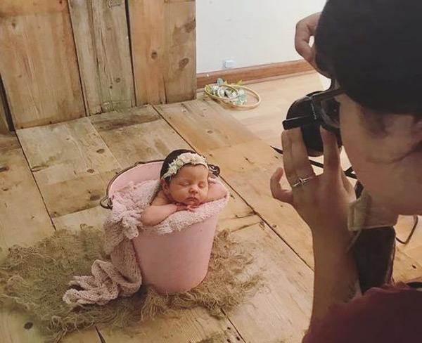 آموزش درست کردن تم برای عکس خانگی نوزاد - چندماهمه