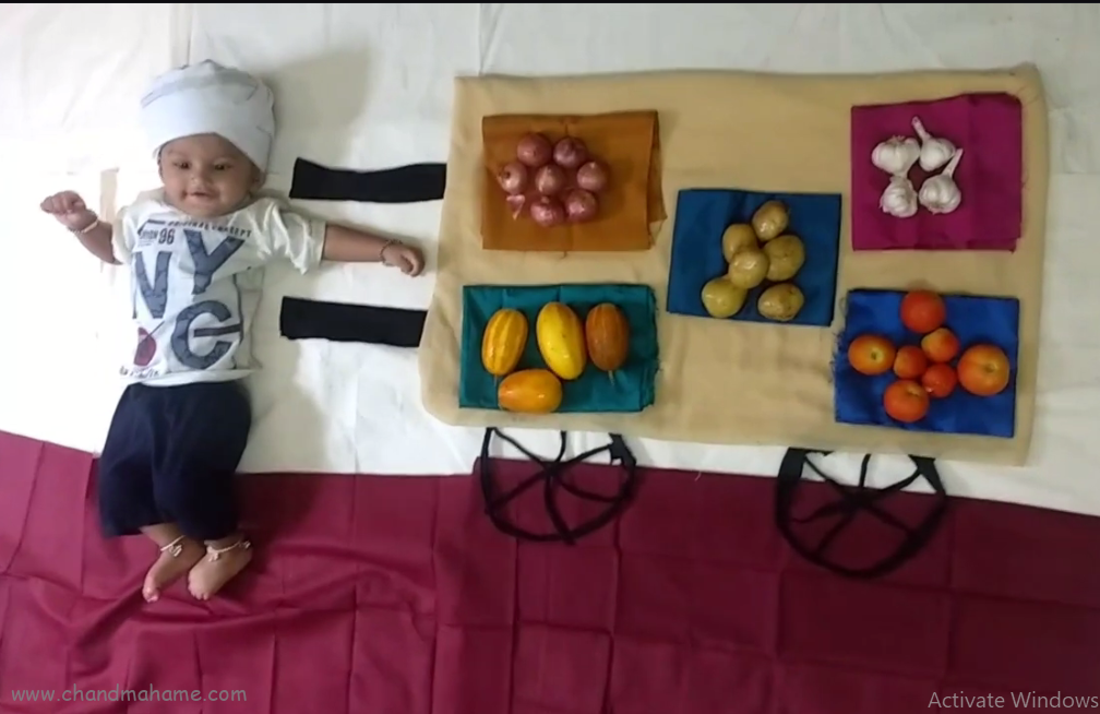 عکس نوزاد با میوه