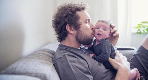 نوزاد ۲ ماهه شما: هفته ۱